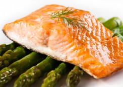 baked-salmon-with-asparagus-and-roa
